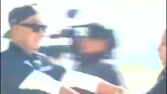 韩综:郑亨敦对着GD耍大牌,这哥实在太有梗了,权志龙亲自开车门