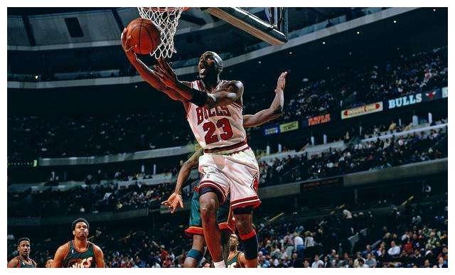NBA史上最强一阵,若这五人在一起