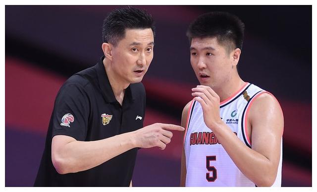 王薪凯谈杜锋,赵睿向撞倒摄影师致歉,总决赛时间出炉