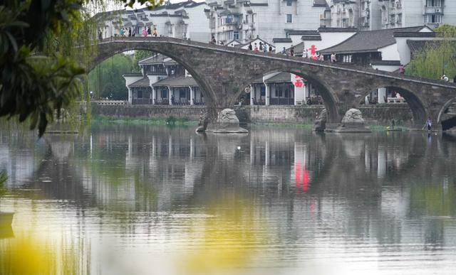 中国超小众的古镇,比乌镇西塘更原滋原味,还是诸葛亮后裔居住地