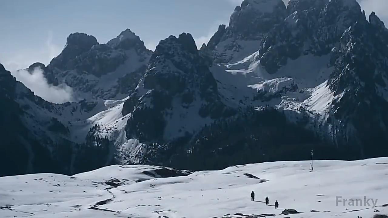 《星球大战外传》删除片段,韩·索罗和楚巴卡突然打起雪仗