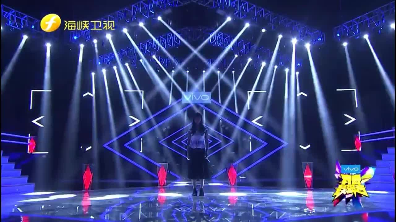 最强音:刘忻怡深情演唱《她说》,用音乐讲述故事,一起聆听