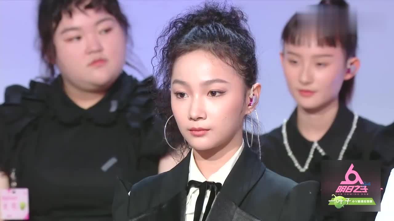 By2暂夺第一席位洪一诺主动下台,宣布冲刺九大厂牌宣言
