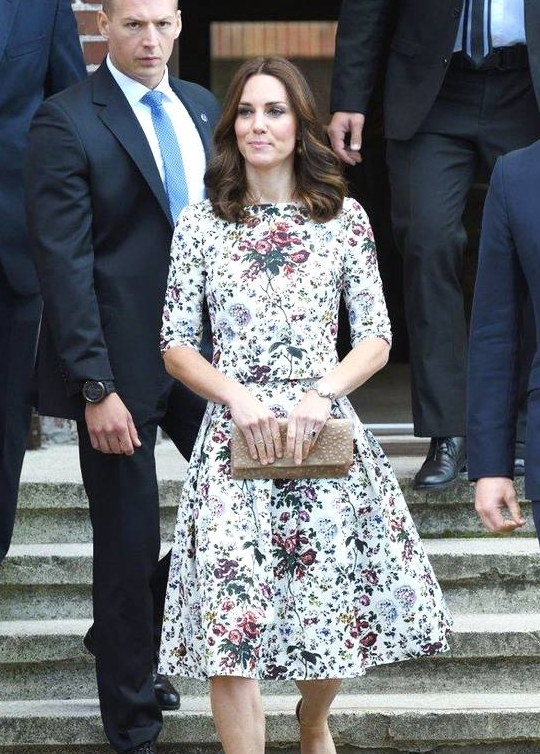 三位最时尚的王妃!凯特简约、大气、莱蒂齐亚朴实,玛丽最会穿!