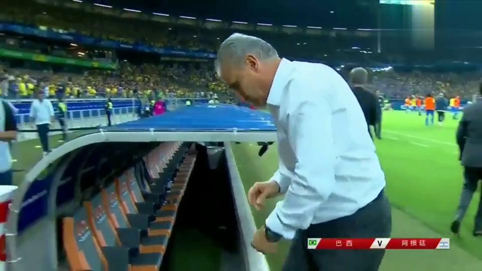 巴西20阿根廷晋级决赛阿利松拥抱庆祝梅西黯然神伤队友痛哭.