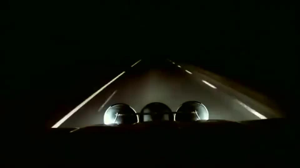 记录仪:最强远光灯,加装高亮氙气大灯的丰田普拉多,就是霸气!