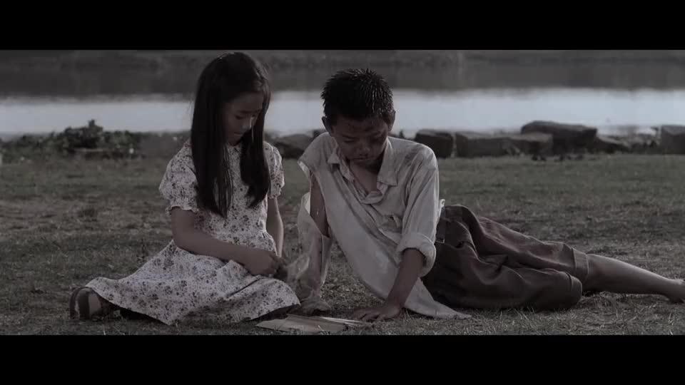 星爷的电影太感人,尤其是配乐用的太好,看了那么多变还是想哭