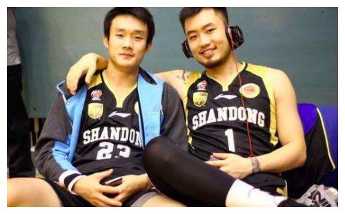 21+23+28,21岁中国天才3场轰72分,姚明重要决策,让他横空出世
