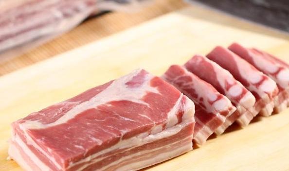 五花肉这么做,好吃不油腻,搭配上米饭越吃越想吃