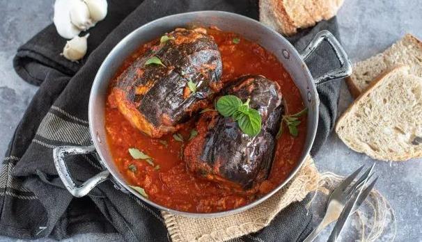 自己做的酿茄子,超级健康的家常菜谱:不可抗拒的西西里特色菜