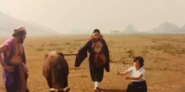 《西游记》剧组为了拍出理想的镜头,把牲畜都折腾惊了,只好放弃