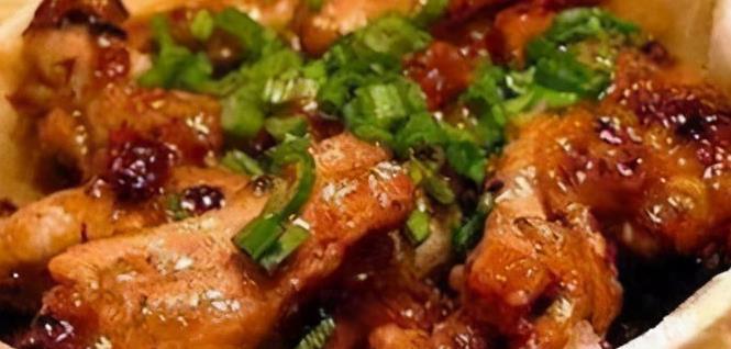 家常菜:豉汁蒸排骨、红烧肉、青椒炒香干