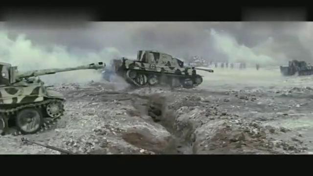 为抵抗德国坦克大军,反坦克炮兵连浴血奋战,七名幸存者当场授勋