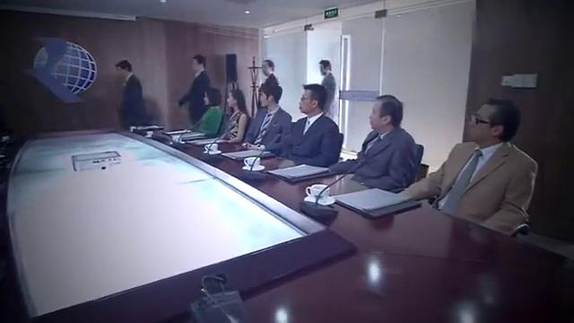 公司召开股东大会,总裁卷土重来,渣男脸都气绿了!