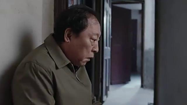 《都挺好》片花:苏明成啃老,姚晨看不下去了!