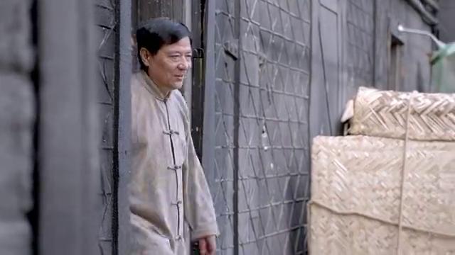 乱世丽人行:若雪敢跟黑帮大哥要好处费,真是乡下丫头不怕死!