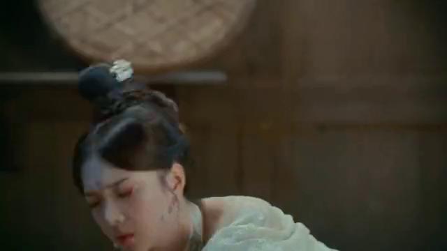 亲爱的义祁君:三生花突然闯入发出毒弹,夺走了凌王妃!