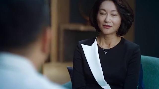 不完美的她:惠英红守护周迅多年,当赵雅芝出现后,她还是输了