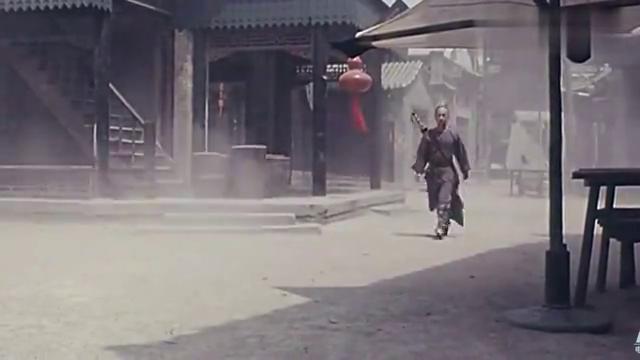 90年代拍摄的一部国产武侠电影,打斗精彩,飞天遁地不输港台