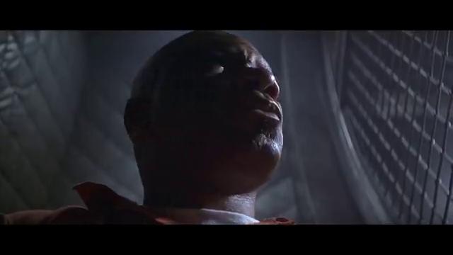 主角假释搭飞机回家,遇同机重犯肉里藏针打开手铐劫机