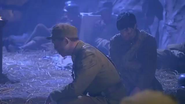 光影:山里发现鬼子假扮的国军,手下刚想呼叫,陈师长马上制止