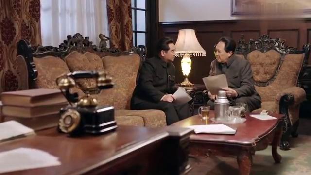 换了人间:老蒋的行为激怒主席,排除万难,不让市民摸黑过春节