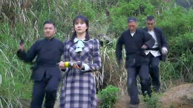 光影:地下党尾随女特务被发现,林菊中枪牺牲,陈静被抓