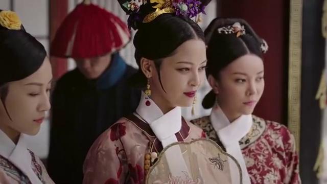 如懿传:宫女戴大师佛珠祈福,却被皇上指责不检点,太后更绝