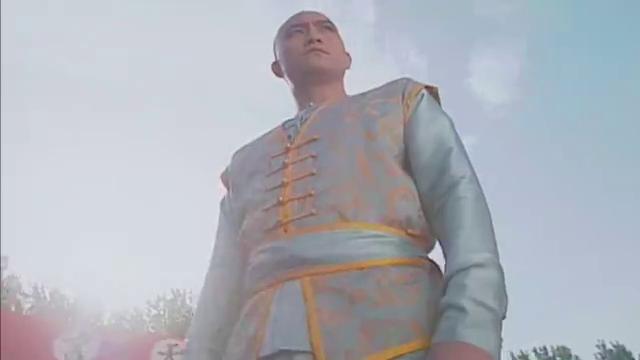 洪熙官对决雷人王,有神秘前辈的暗中指导,熙官想不赢都难