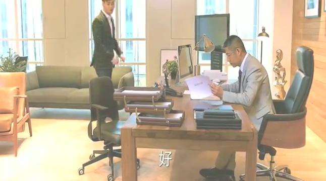 不负时光:吴彧凭借自己的三寸不烂之舌,成功让主编写下了同意!