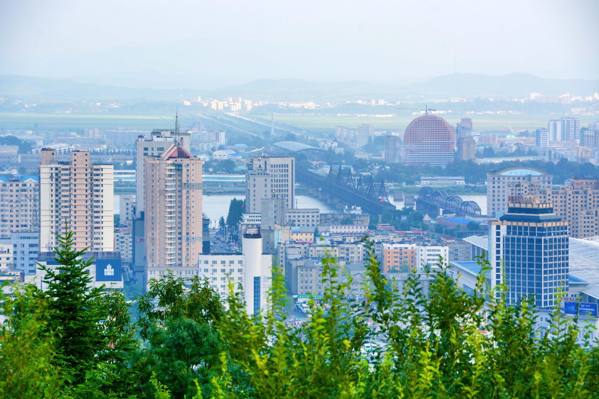 丹东锦江山公园最高处俯瞰丹东全貌,原创拍摄