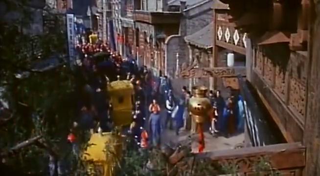 火烧圆明园;皇上率嫔妃大臣逃往行宫,英法联军仗着洋炮烧杀抢掠