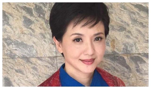 陶慧敏:曾经守寡11年,如今54岁的她美过20岁女儿