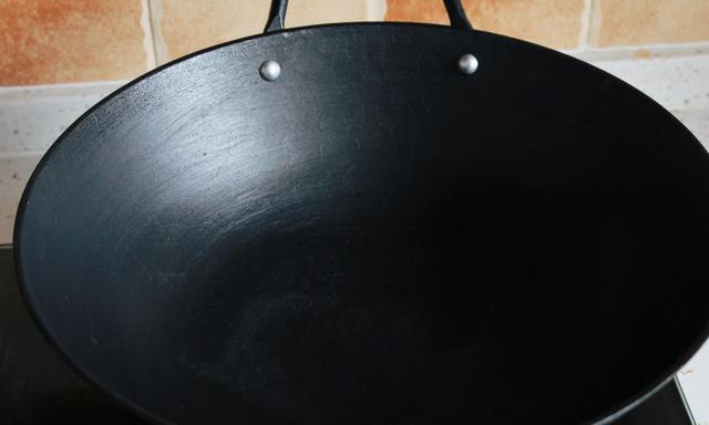 铁锅养用结合,才能越用越好用,牢记这几点,寿命长,不粘锅