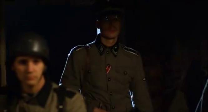 上校几人得知,刺杀希特勒失败,愤怒不已局势顿时恶化