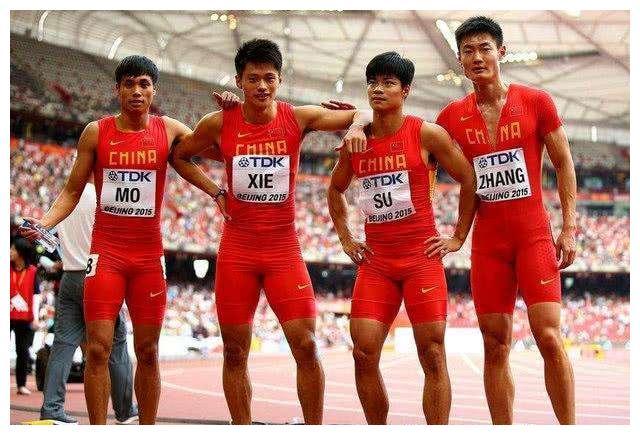 中国体育第一人!从夏奥会到冬奥会,短跑冠军变成滑雪造梦者
