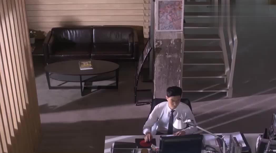 黄金单身汉何以琛结婚的消息一传开,他的手机都快打爆了!