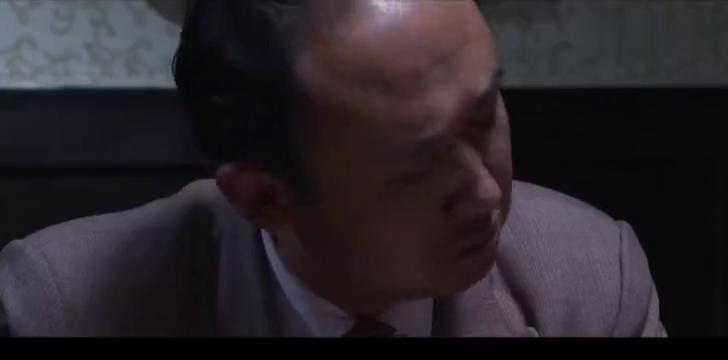 仨男子背后说女董事长坏话,不料女董事长进来就这样说,真大度!