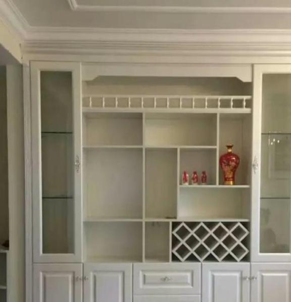 入户位置小莫担心,这样一装,鞋柜、酒柜、展示柜全都有了!