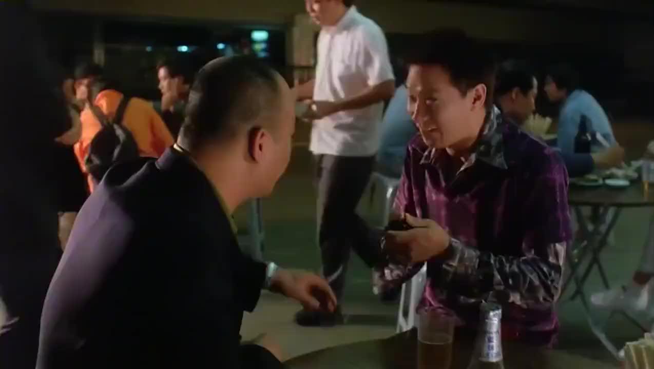 赌侠:大佬输钱,请华仔帮他翻本:赢了对半分,输了算我的