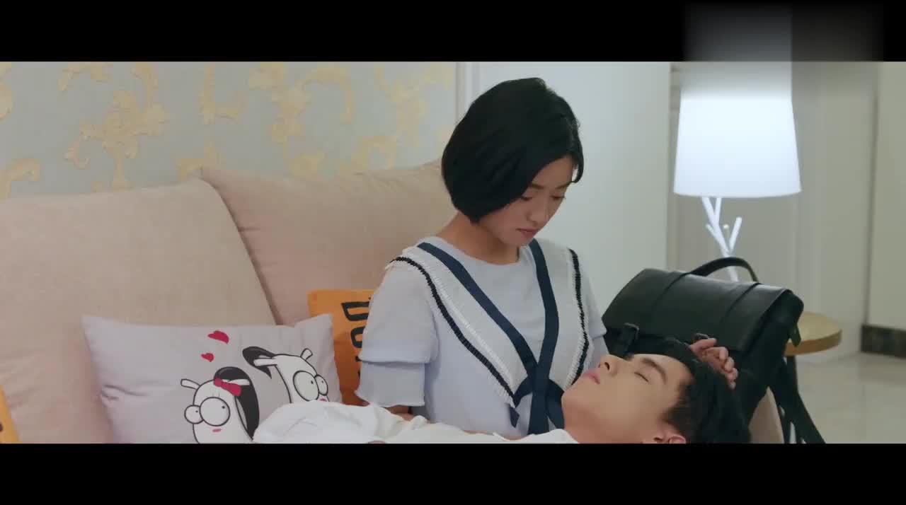 听说小希妈想给她相亲,小希直言在睡觉,江辰抢过电话:阿姨好!