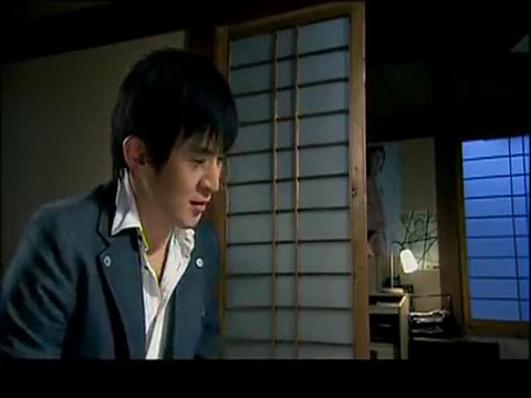 东京生死恋:日本人也太变态了吧,竟然让服务员穿着学生的衣服!