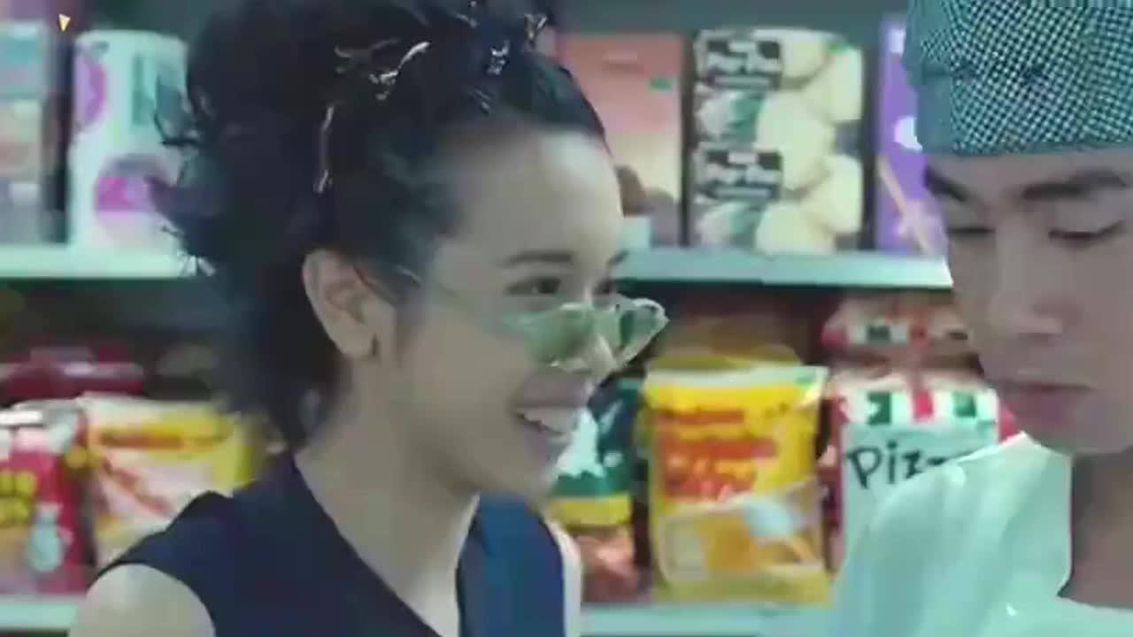 陈小春应采儿宣布喜怀二胎,预测又是一男孩,可喜可贺
