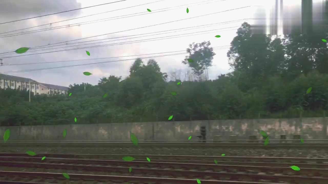 火车进入广西柳州,看看这个百强市的城市建筑,甚比一线城市