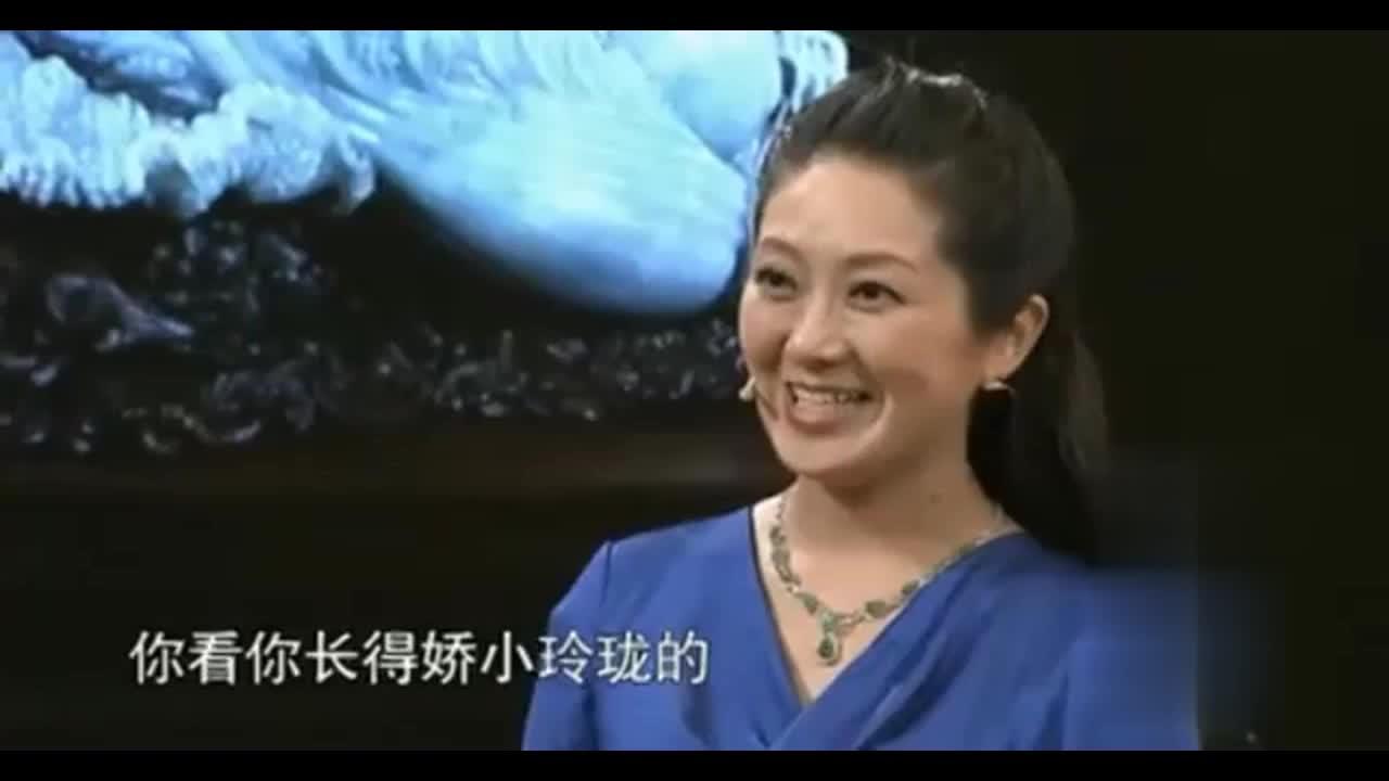 """女子带""""翡翠白菜王""""来鉴宝,专家直呼震撼!无法用价值衡量!"""