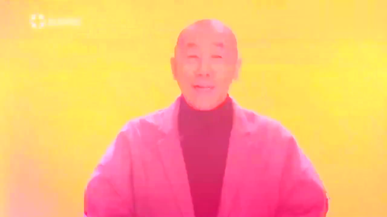 靳东和王凯现身年度盛典,王凯求饶说:请大家高抬贵手