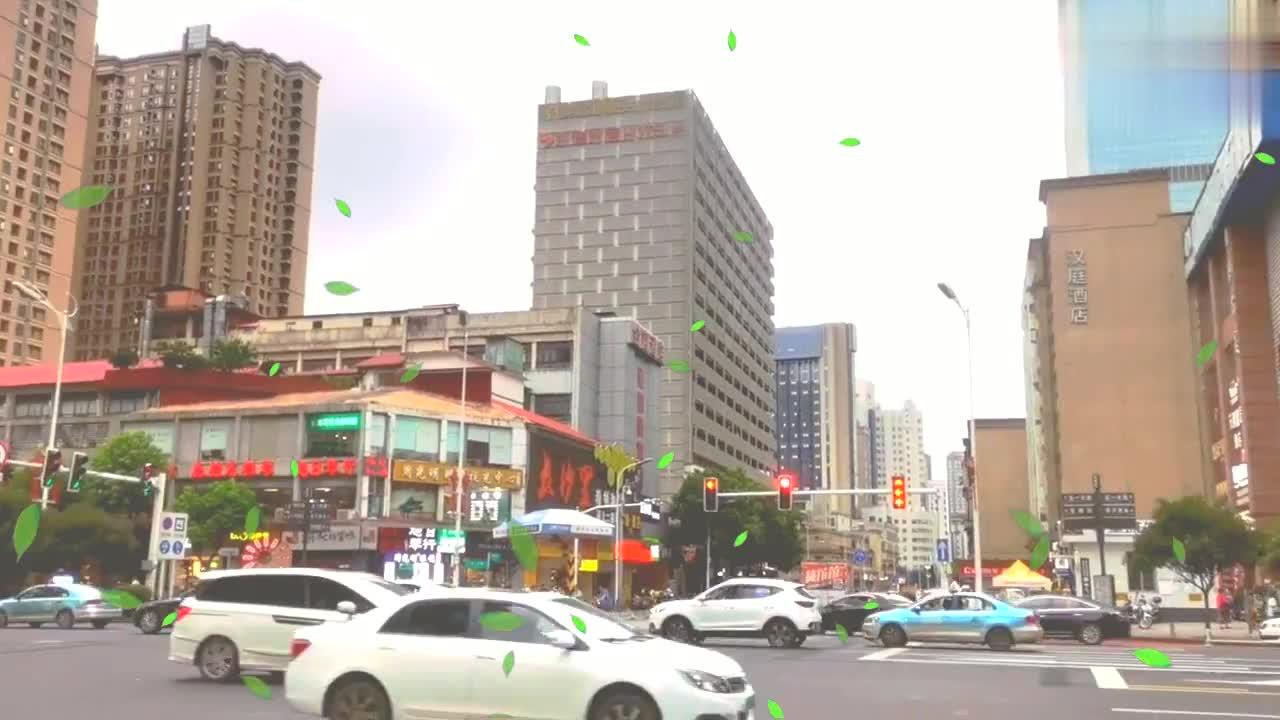 实拍长沙最繁华的五一大道,这城市建设完全不输武汉成都