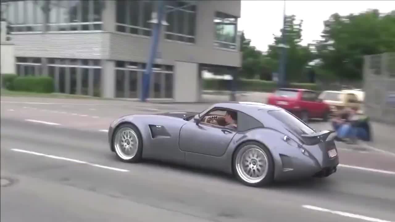 视频:宝马发动机的声浪还不错嘛,威兹曼GTMF5!