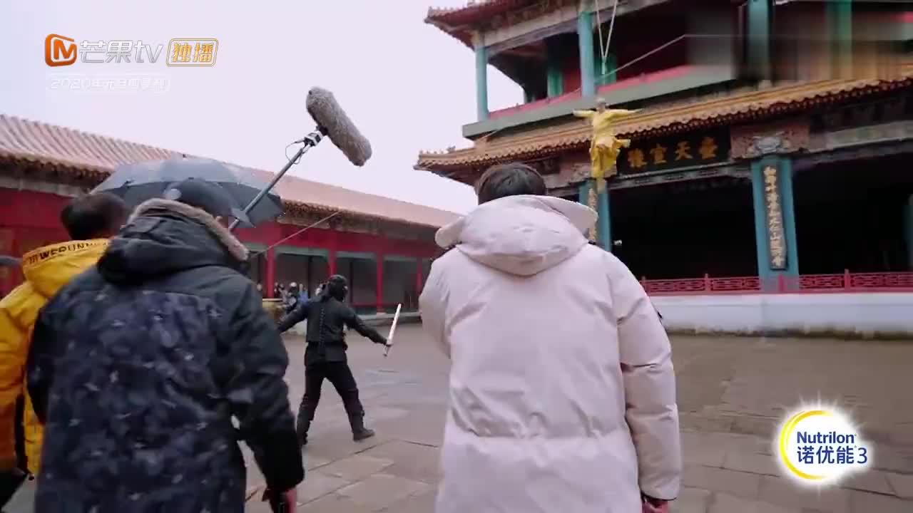 婚前21天:李嘉铭从天而降,刘泳希以为是在拍戏,谁料竟是求婚!