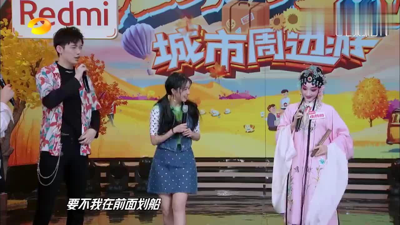 这两人好甜啊!董力主动为阚清子搭戏,最萌身高差令人出戏!